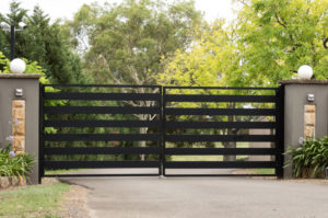 , How To Hire A Cost Effective Fencing Contractor, Metro Fence