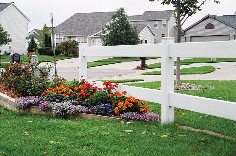 2-rail-ranch-with-flowers