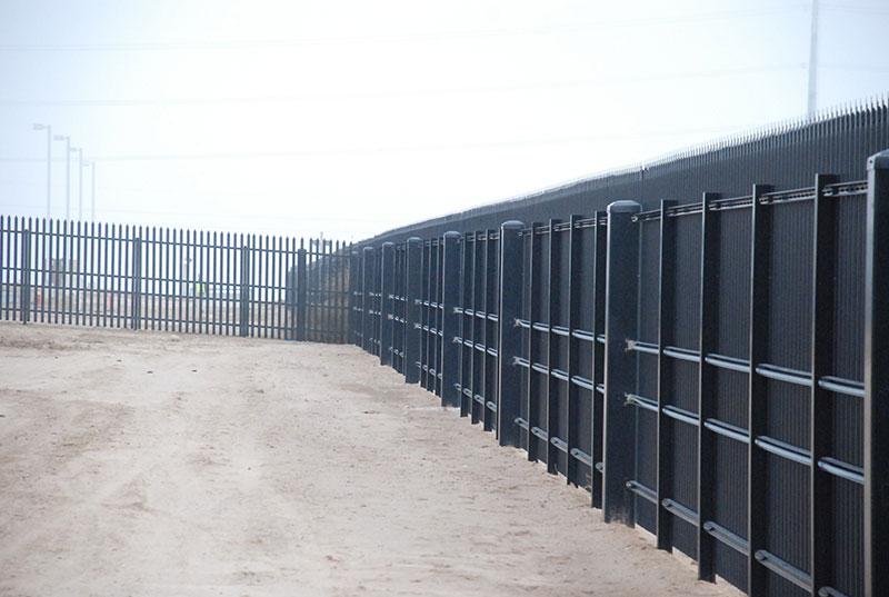 , Data Centers, Metro Fence