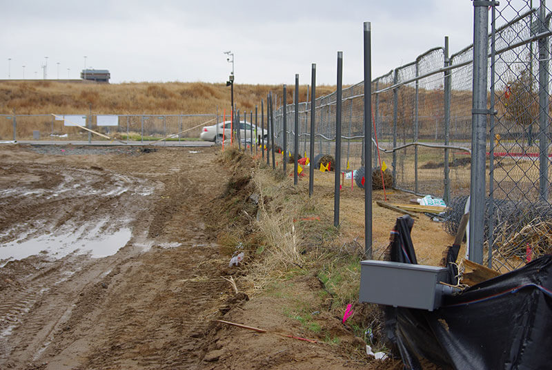, Public | Government | Military, Metro Fence