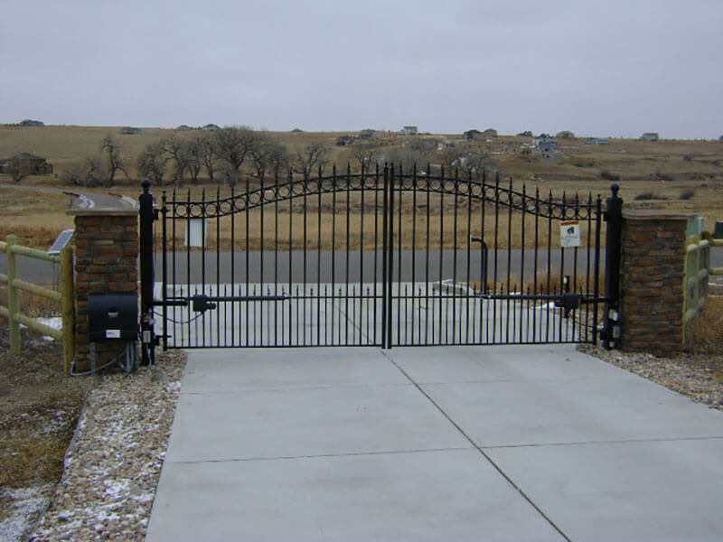 Residential-Ornamental-Iron-Gate-with-Actuator-Arm-Operator