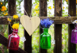 , How to Decorate Your Fence Without Harming it, Metro Fence