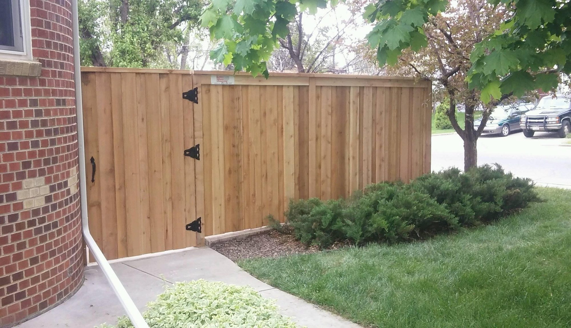 fence installation Denver contractors