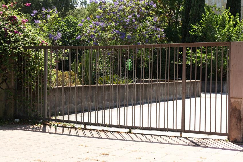 automatic Thornton gate