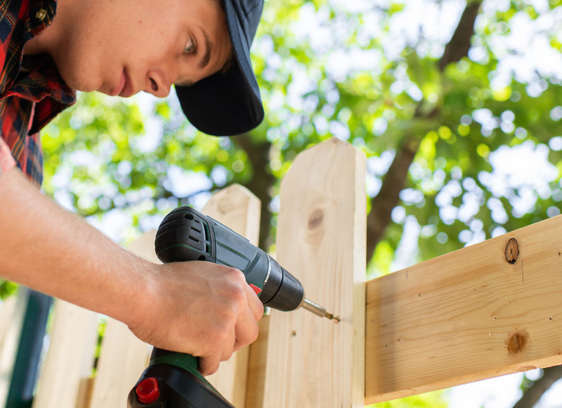 fence repair Thornton CO