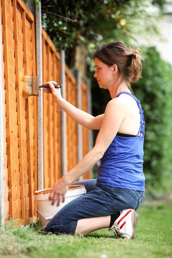 Residential fencing company Denver