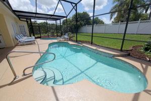 , Are Fences Required Around Pools?, Metro Fence, Metro Fence